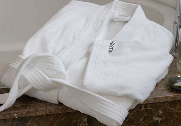 a106702958 Classic Kimono Bathrobe
