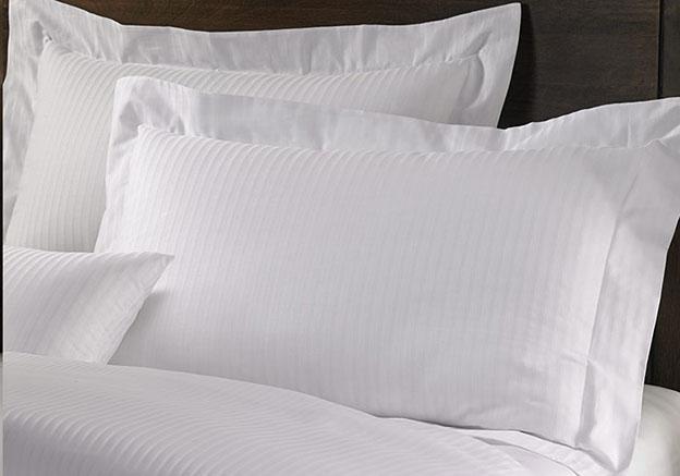 Superbe Cotton Pillow Sham